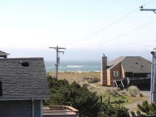 GENTLE BREEZE~MCA#222~Spacious home great for a large family - Manzanita vacation rentals