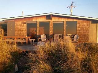 KNOT VERY LODGE - Rockaway Beach vacation rentals
