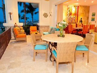 Villa Lucero - 3BD/3.5BA Ocean View Condo Sleeps 8 Pool/Jacuzzi, in Esperanza - Cabo San Lucas vacation rentals
