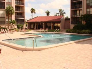 Sun, Sand & *SAVE 20% to 50%* Siesta Breakers #603 - Siesta Key vacation rentals