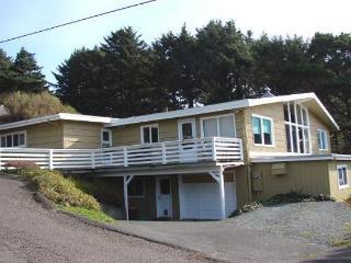 TREASURE ROCK - Both Units - Manzanita vacation rentals