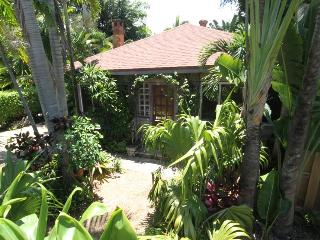 MINI RESORT!  1-Bedroom Chalet IS available - Fort Lauderdale vacation rentals
