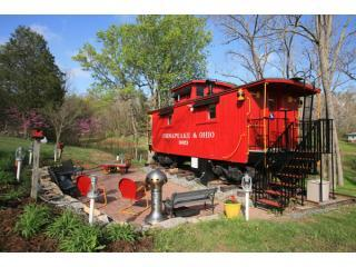 Caboose and patio - 1926 C&O Caboose - Natural Bridge - rentals