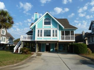 Anne's Piece of Heaven  Isle of Palms   Sleeps 10 - Isle of Palms vacation rentals