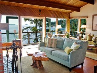 Renovated Waterfront Beach w Fireplace NEW kitchen - Bowen Island vacation rentals