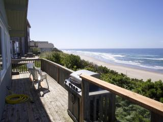 Lincoln City 4 Bedroom Oceanfront Vacation Home - Lincoln City vacation rentals