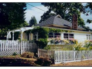 3 bedroom House with Deck in Salt Spring Island - Salt Spring Island vacation rentals