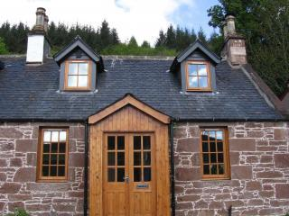 1 Kinnettas Cottages Strathpeffer Scotland - Strathpeffer vacation rentals