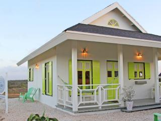 North Shore Cottage Aruba  - 3 minutes from beache - Noord vacation rentals