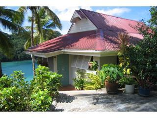 Poinsettia House - -entrance - Poinsettia  House - Marigot Bay - rentals