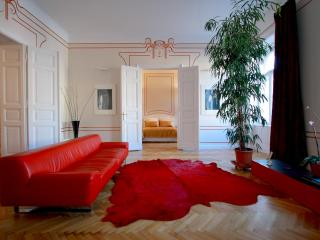 Erzsebet Royal Suite, Jugendstil, 135 sqm, WiFi AC - Budapest vacation rentals