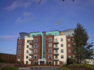 Cork City Ireland 2 bedroom sleeps 4 - Cork vacation rentals