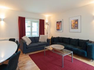 Edmonstone Suite, Old Town, 250 metres to Edinbu - Edinburgh vacation rentals