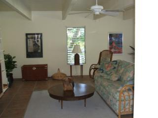 Nice House with Deck and Internet Access - Kailua-Kona vacation rentals