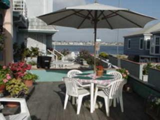 Liz's Bayside Beauty - Pacific Beach vacation rentals
