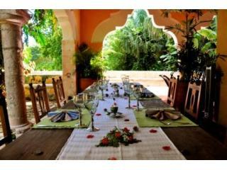 Lunch on terrace - Hacienda Petac -Merida Estate-Book the Best-Early - Merida - rentals
