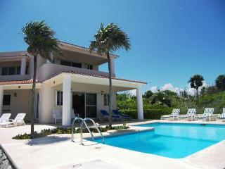 Beautiful Akumal Villa rental with A/C - Akumal vacation rentals