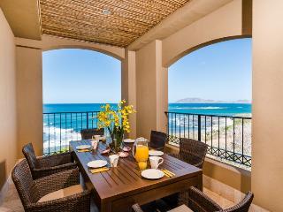 Huge Beachfront Penthouse w/ Stunning Ocean Views - Tamarindo vacation rentals
