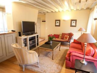 Marais Elegance Vacation Rental - Paris vacation rentals