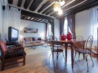 Marais District - Bourg 2 - Ile-de-France (Paris Region) vacation rentals