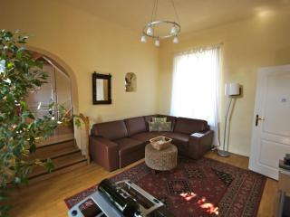 Apt. SarahBelle-Central, Quiet and Summer Savings - Budapest vacation rentals