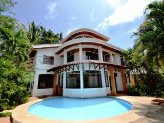 Casa Ix Chel (Sleeps 10-14) - Tamarindo vacation rentals