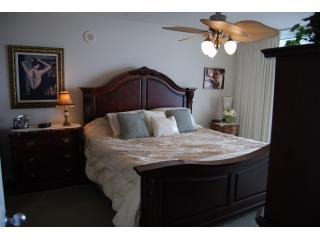 MASTER BEDROOM 1512 - Beach Front -4 Bdr/3 Bath On the beach - North Myrtle Beach - rentals