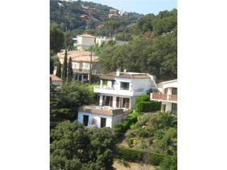 View of the Villa - Stylish villa, near Sa Riera beach, Begur, Spain - Begur - rentals