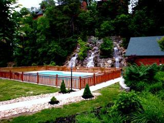 It Has It All U'All Mins Dollywood 2 Pools, Wifi,M - Pigeon Forge vacation rentals