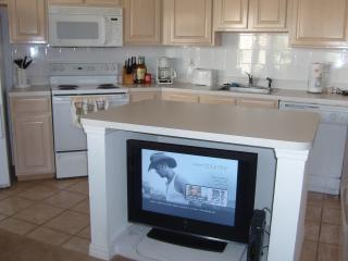 PGA Village 2B/2Ba condo.  Corner unit.  Beautiful - Port Saint Lucie vacation rentals