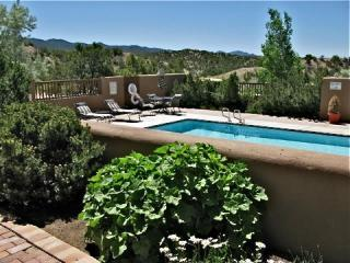 Pueblo Encantado-Lovely Casita Mountan View w/pool - Santa Fe vacation rentals