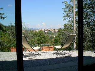 Romantic 1 bedroom Monte San Savino Apartment with Internet Access - Monte San Savino vacation rentals