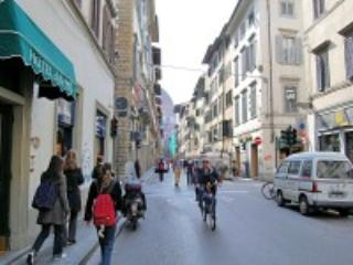 Appartamento Conti Guerrini D - Gagliano vacation rentals