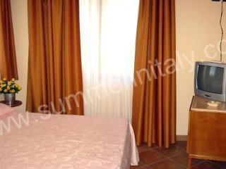 Appartamento Cosima - Piano di Sorrento vacation rentals