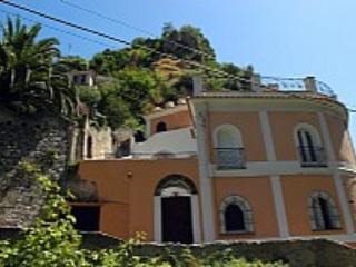 Appartamento Ulisse L - Ravello vacation rentals