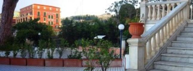 Villa Azzurra D - Image 1 - Sorrento - rentals