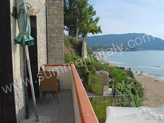Charming 2 bedroom Santa Maria di Castellabate House with Deck - Santa Maria di Castellabate vacation rentals