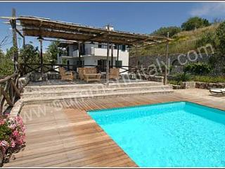 Charming 1 bedroom House in Sant'Agata sui Due Golfi - Sant'Agata sui Due Golfi vacation rentals