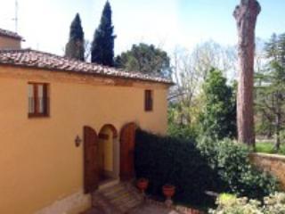 Villa Davide D - Chiusi vacation rentals