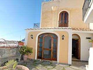 Villa Mirabella E - Image 1 - Positano - rentals