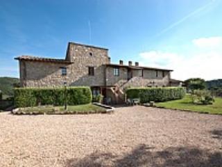 Villa Sonia C - Gualdo Cattaneo vacation rentals