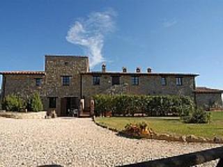 Villa Sonia D - Gualdo Cattaneo vacation rentals