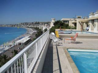 Nice Beachfront 3 Bedroom Apartment with a Balcony - Nice vacation rentals