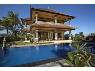 The front of the villa - Villa Agung Khalia: 3-br Pool Villa in rice fields - Ubud - rentals