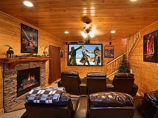 KNOCKIN' ON HEAVEN'S DOOR - Luxury 5/4 -Theater - Sevierville vacation rentals