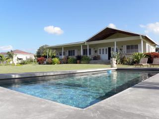 Driftwood: A Beachcombers Home Away from Home - Treasure Beach vacation rentals
