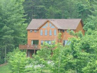 CHEROKEE SUNRISE - Blairsville vacation rentals