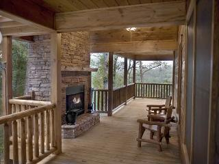 Luxury Log Home with Outdoor Woodburning fireplace and much more. - Cherry Log vacation rentals