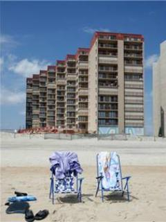 2 BR, 2 BA Condo in Ocean City (RAINBOW 1006) - Image 1 - Ocean City - rentals
