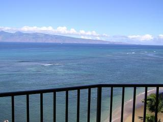 Spectacular Oceanfront Valley Isle Resort 1009 - Lahaina vacation rentals